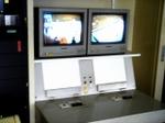 Monitor060330